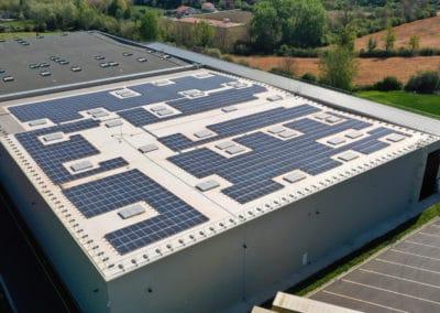 Toiture photovoltaïque de l'usine Coca-Cola à Castanet-Tolosan