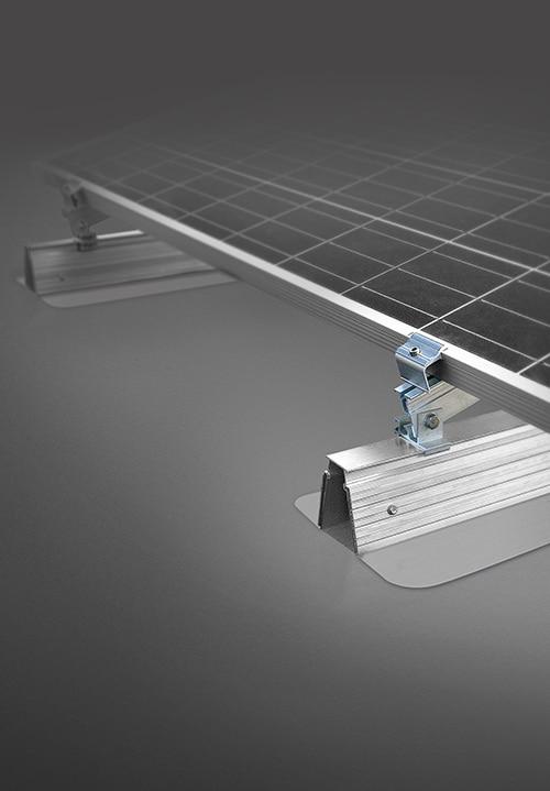 Fixation-panneaux-photovoltaiques-ROOF-solarpvc-incline