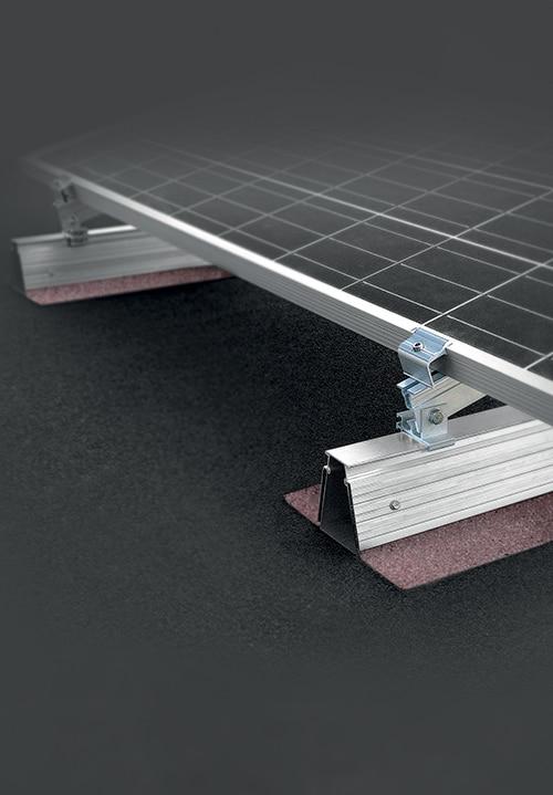 Fixation-panneaux-photovoltaiques-Roof-bitume-incline