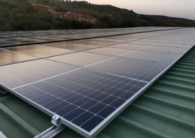 Photovoltaic roof of a refrigerated building