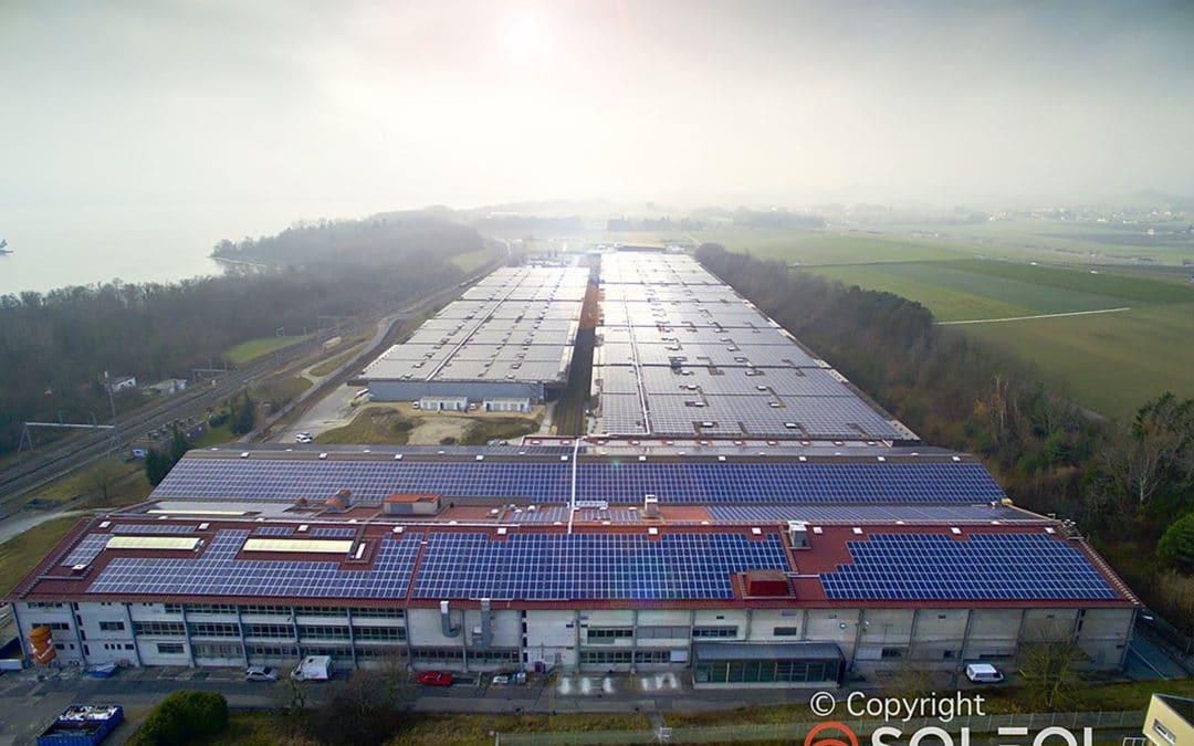 Les fixations Dome Solar sur la plus grande centrale photovoltaïque de Suisse