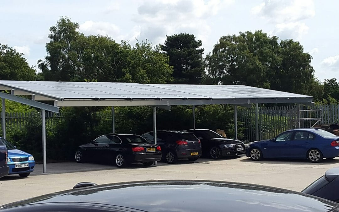 Photovoltaic canopy for a head office in England