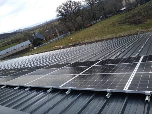 installation-toiture-photovoltaique-batiment-agricole-aveyron-2