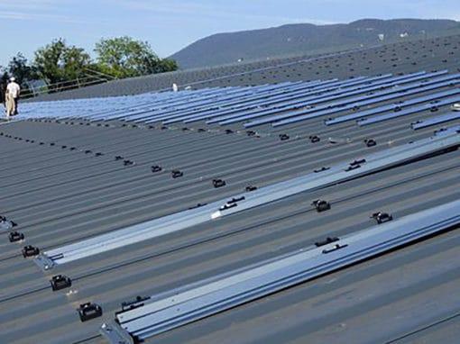rails-dome-solar-toiture-photovoltaique