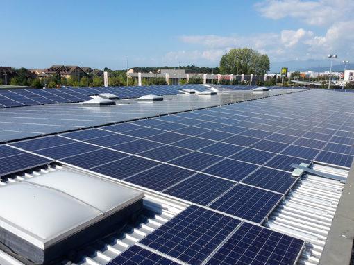 toiture-photovoltaique-centre-commercial-etoy-suisse